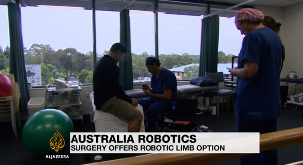 New technology replaces lost limbs with robots